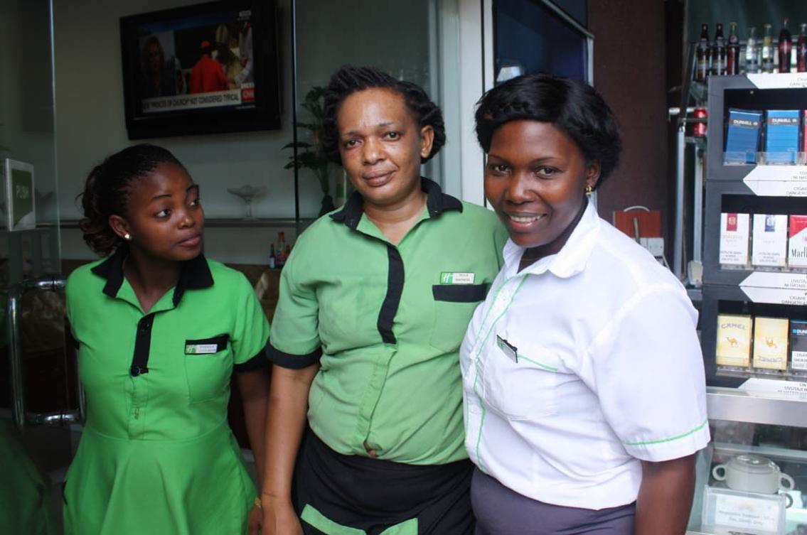 Fokus på kvinnornas ställning – i facket och på arbetsplatserna. Så ska arbetarna i hotell- och restaurangbranschen i Tanzania bli starkare. Det internationella stödet är avgörande, säger samordnaren Adwoa Sakyi.