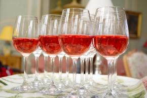 Fräscha dryckesval för vårfesten