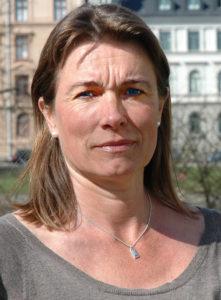 Anna-Karin Lindahl, Kronofogden