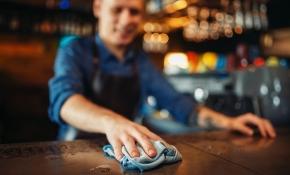 Hotell- och restauranganställda mesta helgjobbarna
