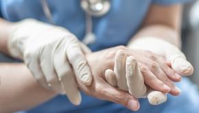 Nya hälsoregler ska motverka utslitna händer