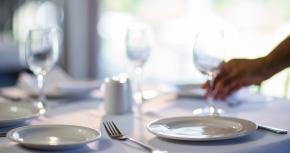 Servitörers hantverk fokus för avhandling