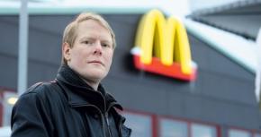 Nio öre över minimilön efter 22 års arbete