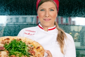 Pizzaproffset Camilla bröt könsbarriären