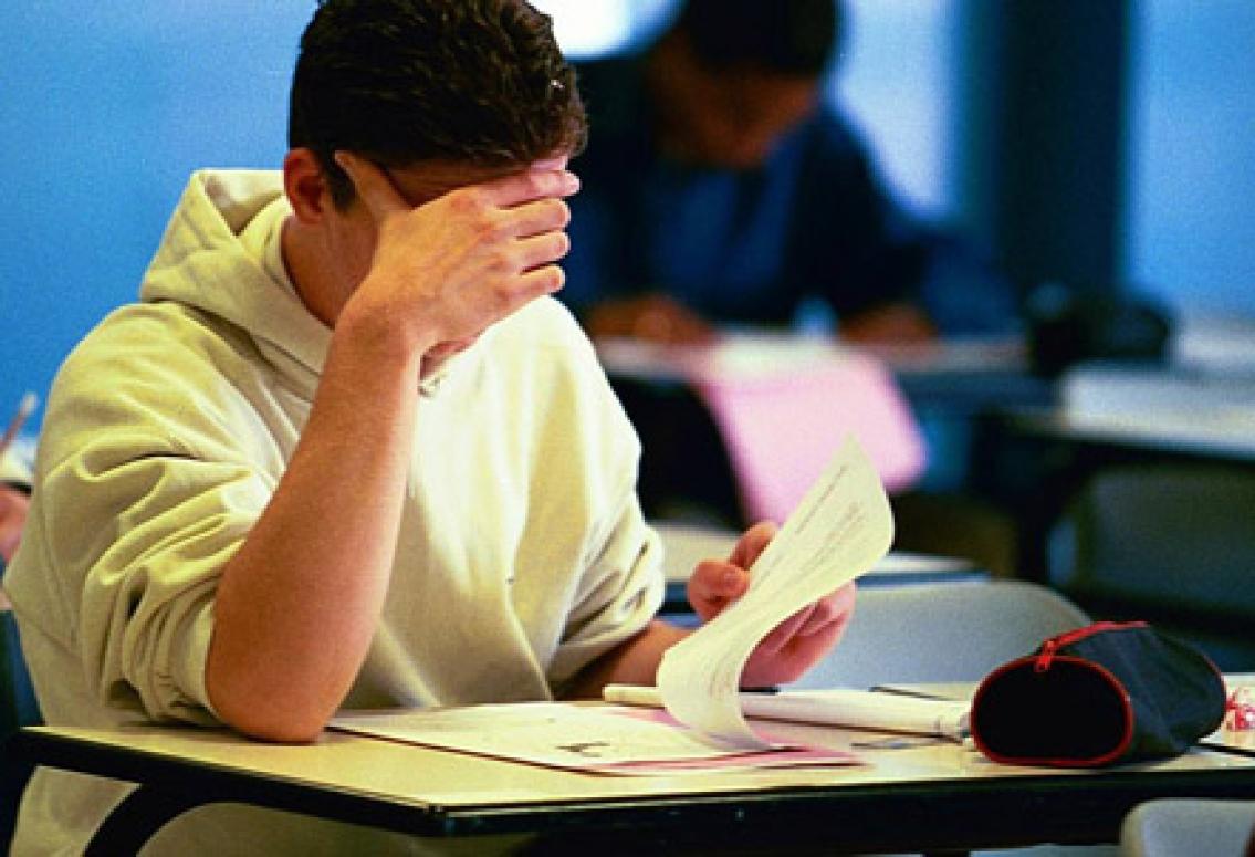 Elever kan tvingas  att gå extra år