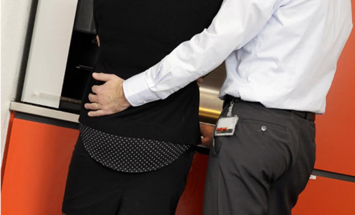 Sextrakasserades på Skatteverket